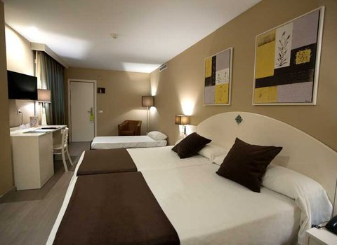 Comfortable fully equipped rooms